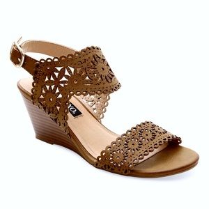 XOXO Silica Laser Cut Floral Wooden Wedge Heel